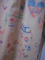 Ciré AGLAE en coton enduit beige imprimé dessins enfantins fermé par 2 pressions (7)