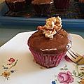 Cupcakes au chocolat, coulis de caramel au poivre du Sichuan 134