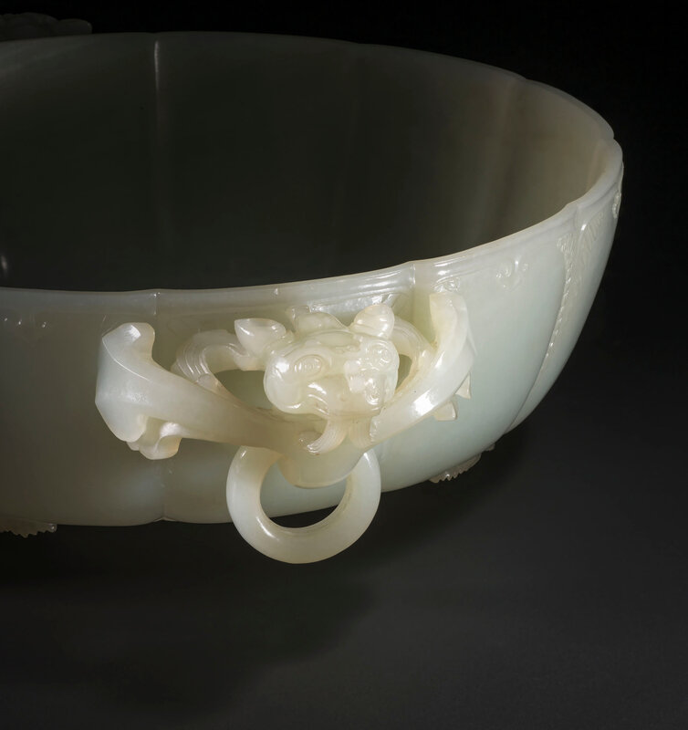 2019_CKS_17114_0129_001(a_finely_carved_white_jade_marriage_bowl_qianlong_period)