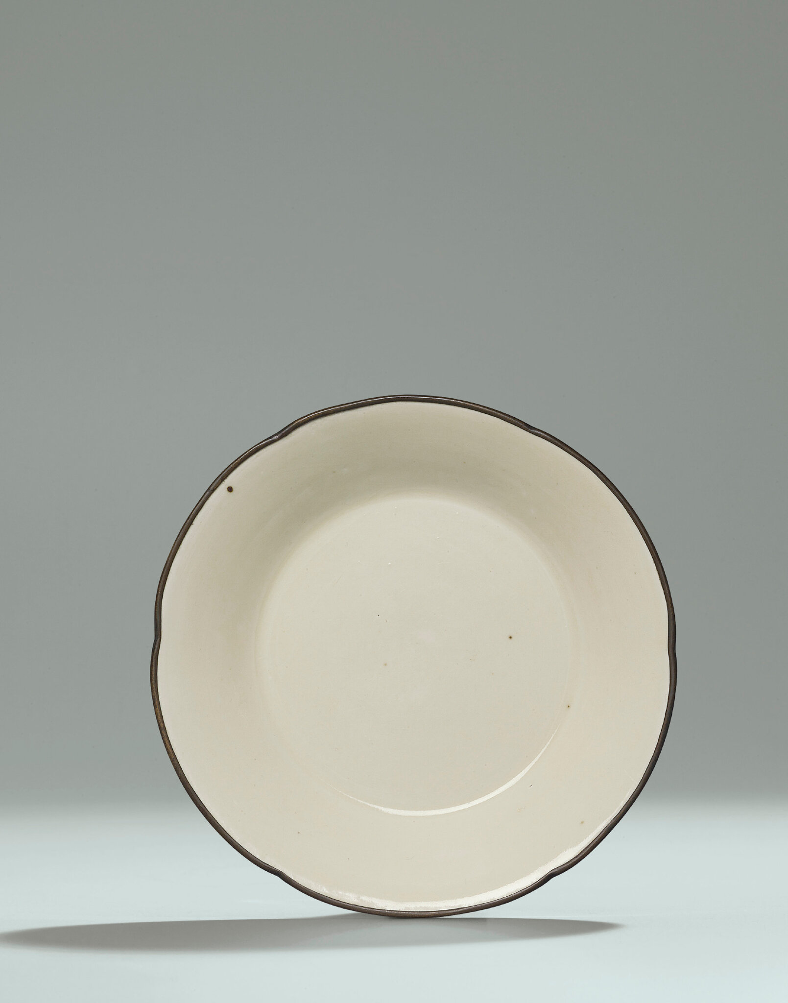 A small Ding hexafoil dish, Northern Song Dynasty (960-1127)