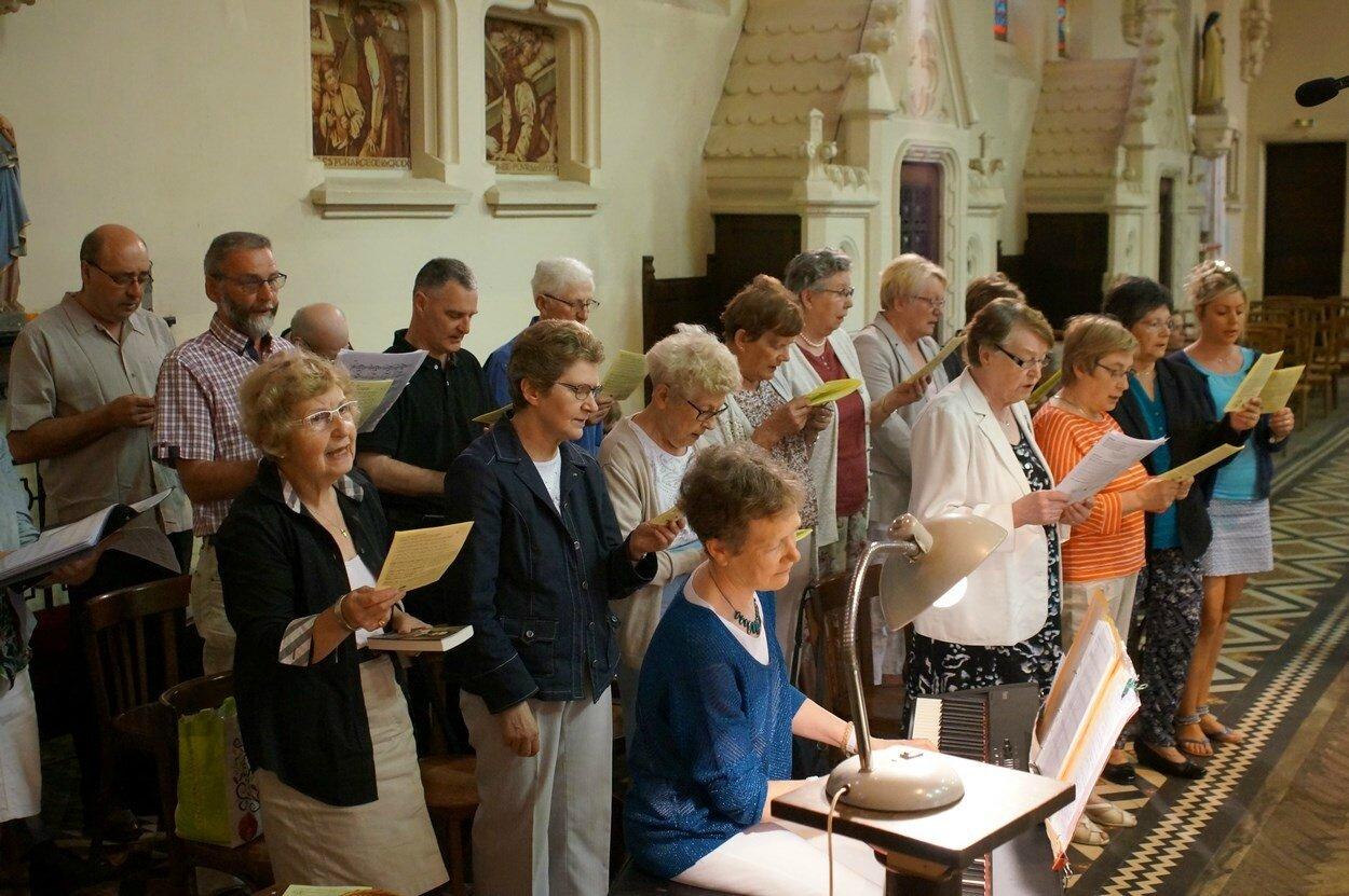 2017-05-28-entrées eucharistie-VIEUX-BERQUIN (21)
