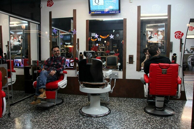 10-Barcelone, Coiffeur_5204