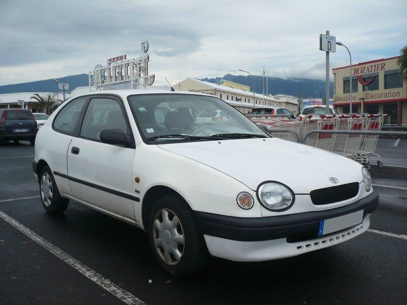 TOYOTA Corolla E110 2