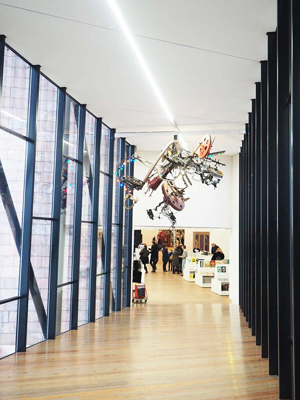 15-musee-tinguely-bales-suisse-architecture-ma-rue-bric-a-brac