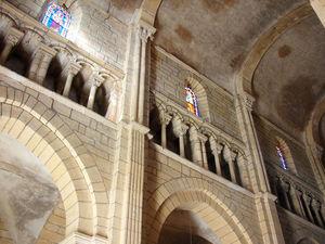 Semur_en_Brionnais_Saint_Hilaire_38