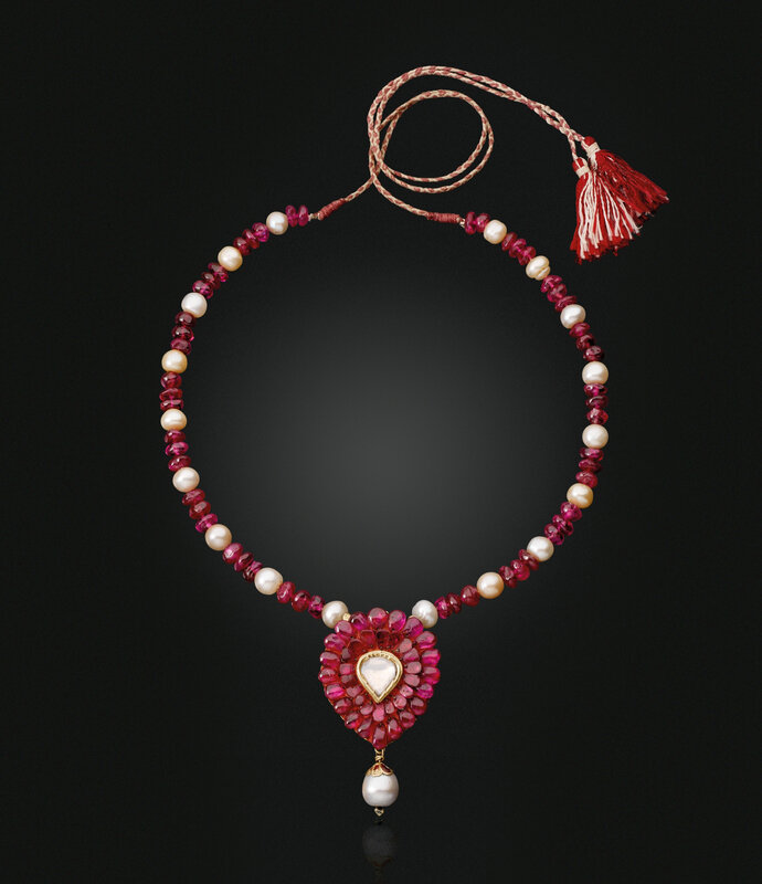 2019_NYR_17464_0331_000(an_antique_ruby_diamond_and_pearl_sarpatti)
