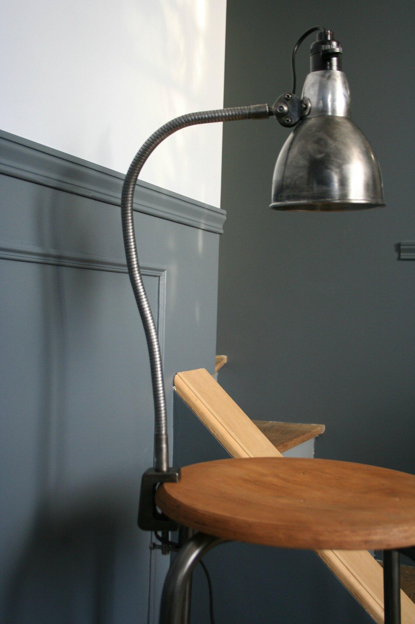 Petite lampe flexible d'atelier (6)