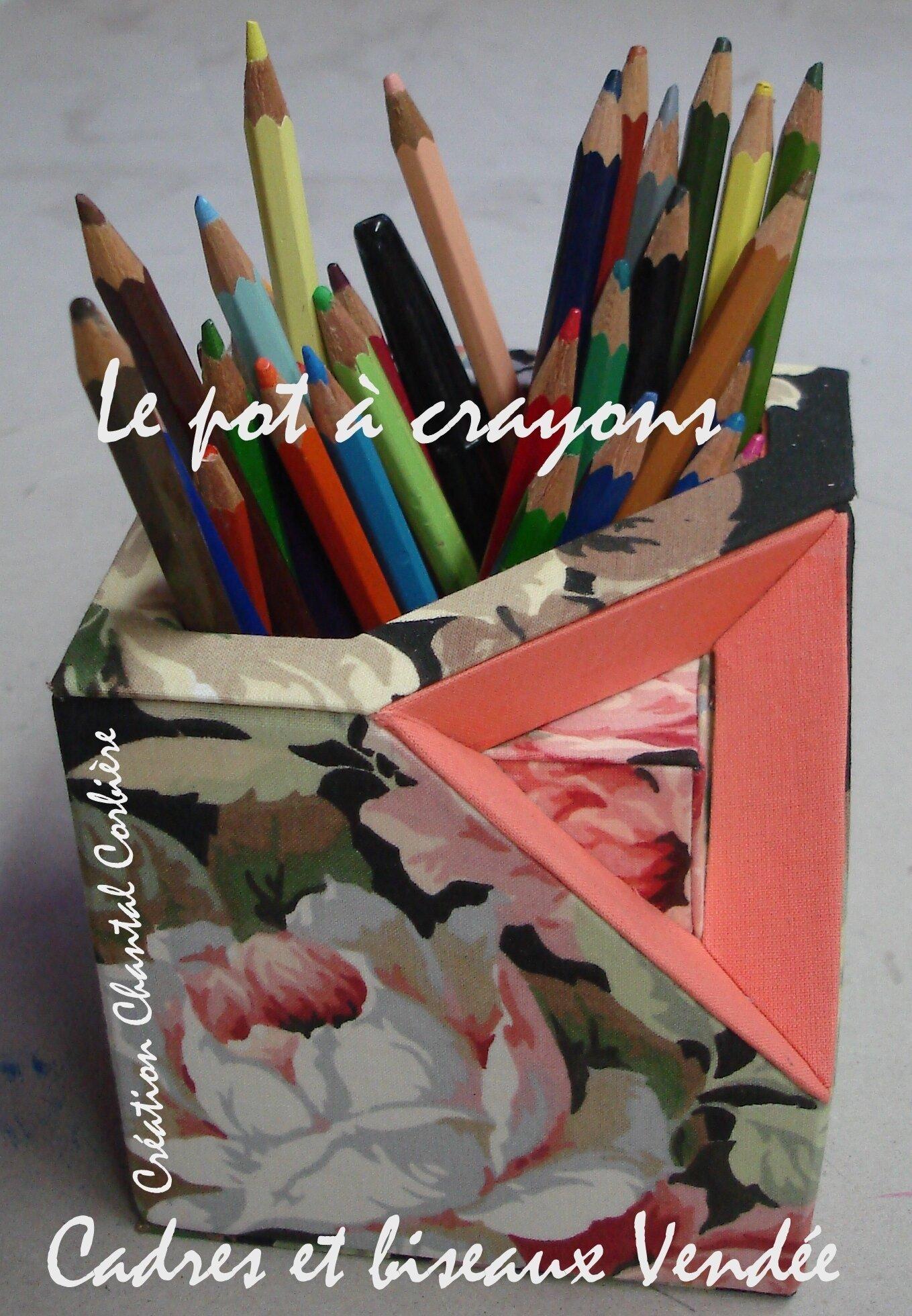 Le pot à crayons