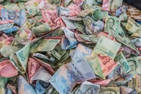 Portefeuille et valise magique multiplicateur d'argent selon la devise de chaque pays