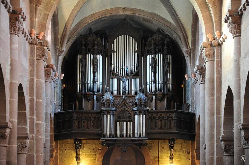 a2015_12_26_selestat_eglise_st_foy_orgue_tribune
