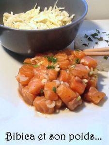 Tartare_de_saumon_et_chou_blanc___la_sauce_l_g_re___gros_plan_saumon