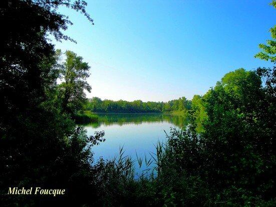 17) lac d'emprunt
