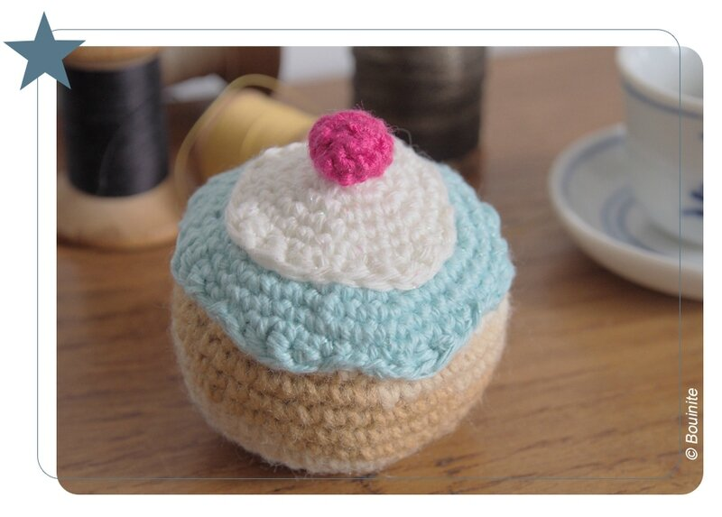 20151201 Pique épingle cup cake 2