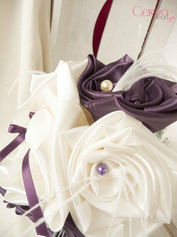 29 nov 8 bouquet de mariée original ivoire prune cereza deco plumes autruche