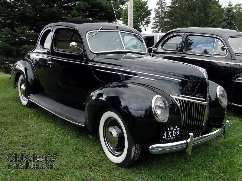 ford-deluxe-coupe-1939-01