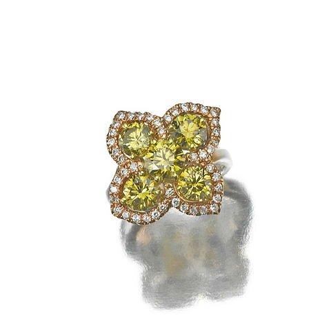 A fancy colored diamond and diamond ring, Golkonda