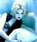 drew_barrymore-1993-by_wayne_maser-guess-01-1