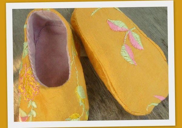 chaussons soie jaune juillet 20123