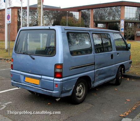 Mitsubishi L300 van (Strasbourg) 02