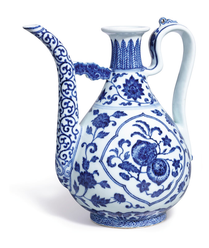 A fine and rare blue and white ewer, seal mark and period of Qianlong (1736-1795)