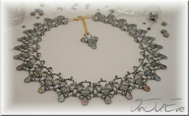 collier Ascea gris blanc1