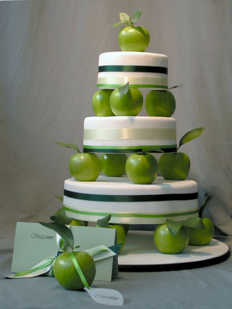 WEDDING_CAKE_APPLE__3_