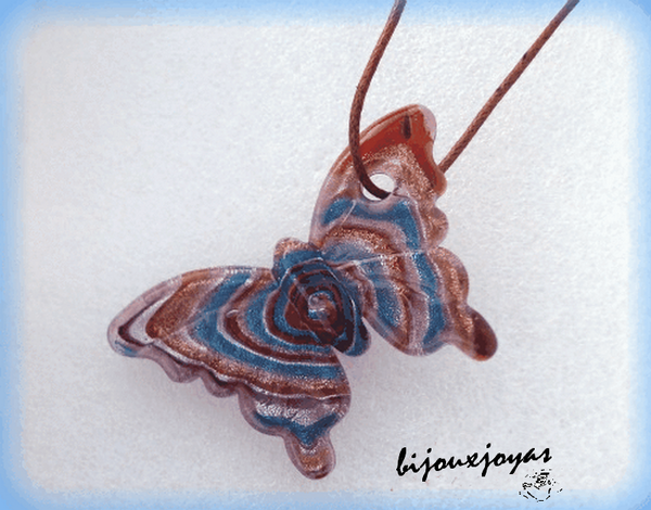 Pendentif Papillon En Verre de Murano Ton Marron Turquoise avec Cordon Marron