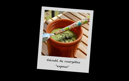 Velout__courgettes