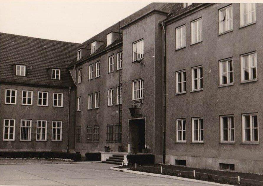 1964 Quartier Napoléon 020 Berlin - Entrée Asfeld 3° Cie