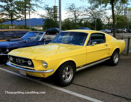 Ford mustang GTA fastback de 1967 (Rencard Burger King septembre 2011) 01