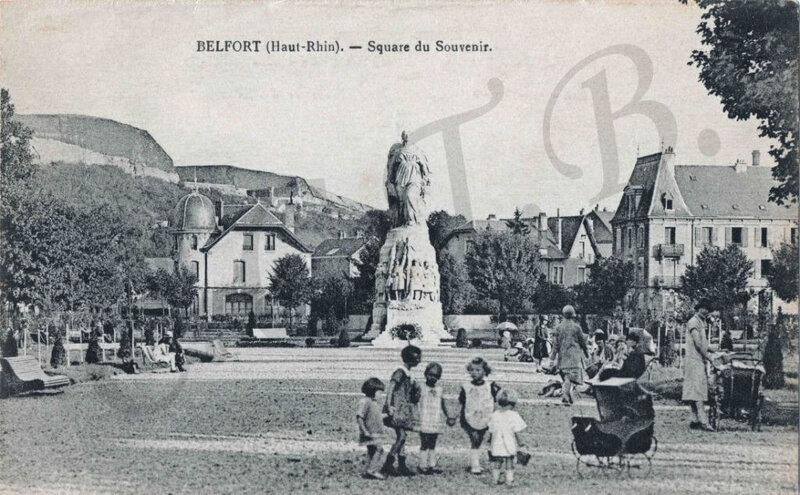 CPA Square du Souvenir 1927-35 CCTB