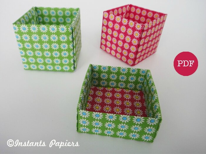 green and pink paper