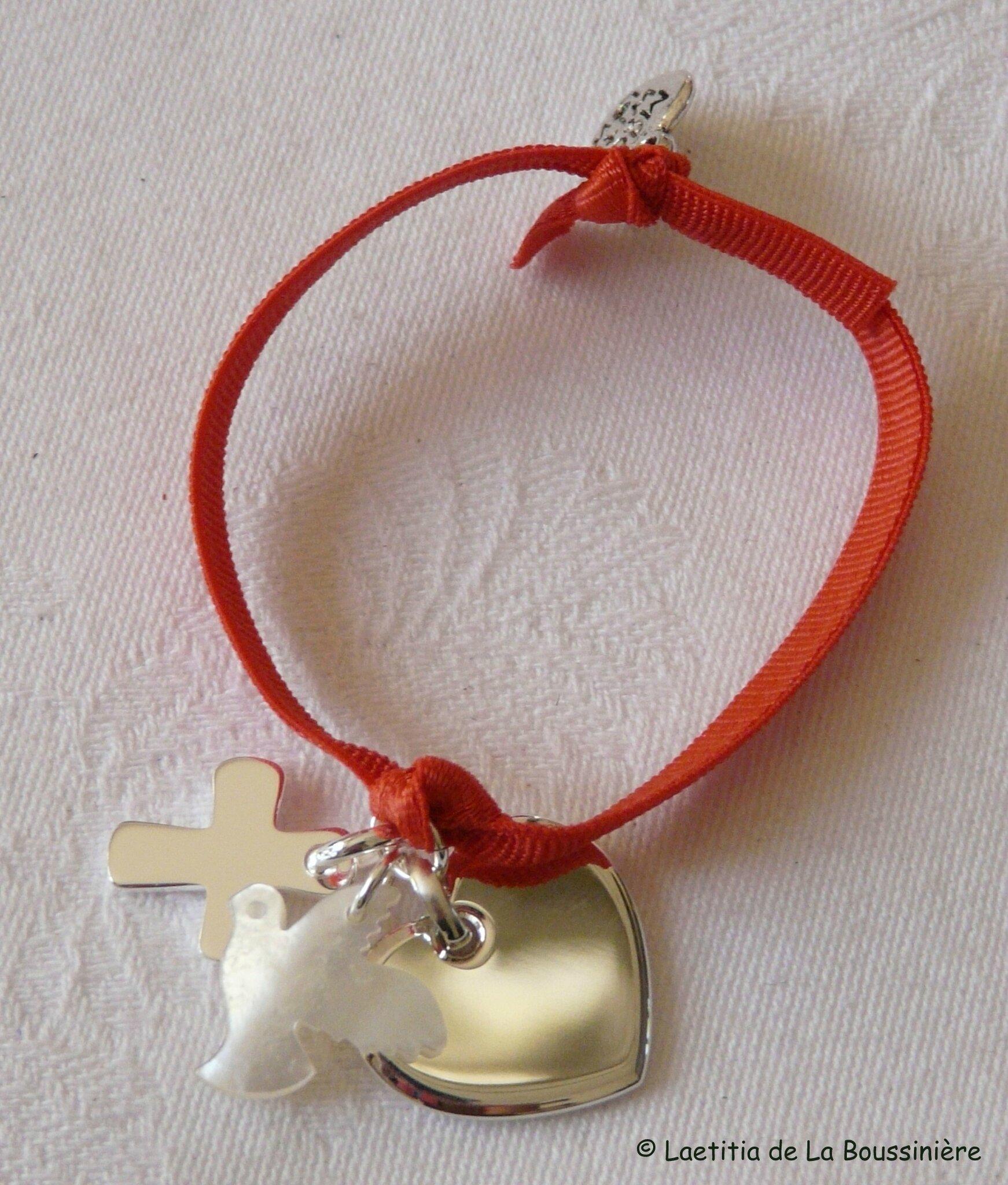 Bracelet Sainte Trinité argent et nacre (sur ruban élastique) - 71 €