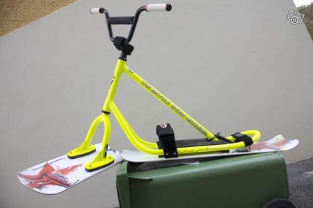 2010_Rookie_Yellow_Fluo