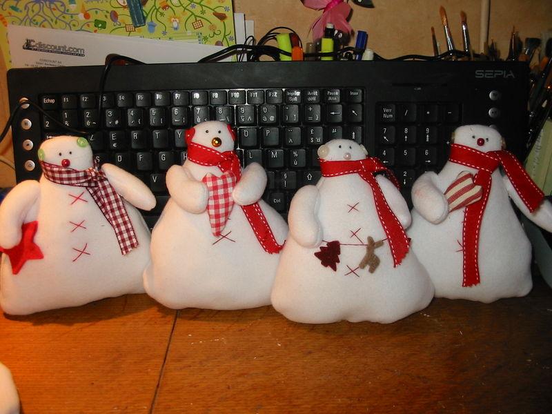 une partie de la famille bonhomme de neige