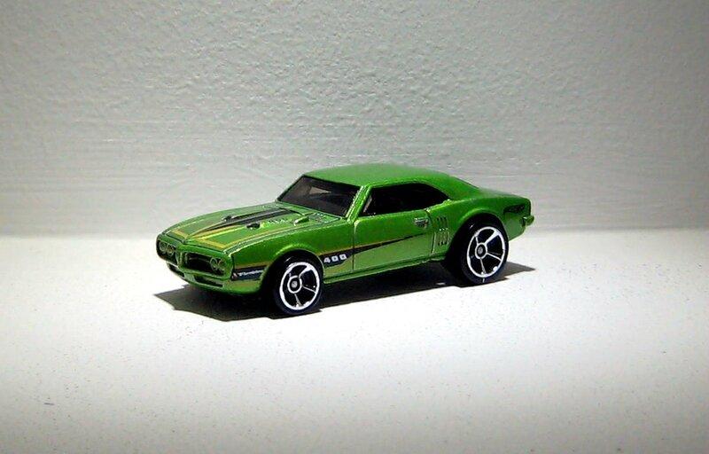 Pontiac firebird 400 de 1967 (Hotwheels 2015)