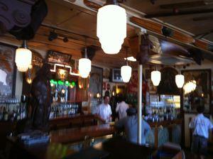 Café du Commerce Ambiance intérieure (1) J&W