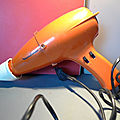 Un sèche-cheveux vintage moulinex ! orange et seventies !