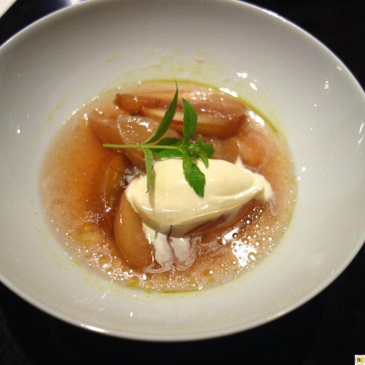 Soupe de pêches à la verveine et crème glacée au lait d'amande (1)