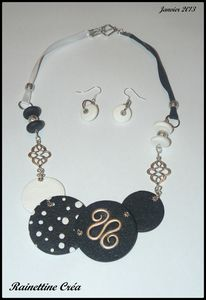Collier 44
