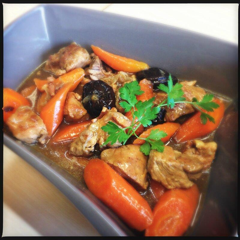 Sauté de porc aux pruneaux et carottes confites 2
