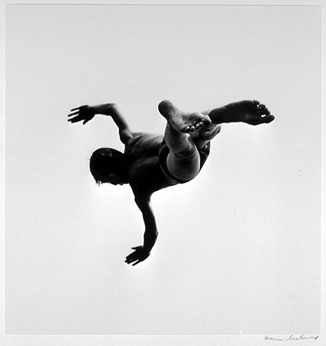 81. Aaron Siskind, Pleasures and Terrors of Levitation #37, 1956.