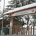 L'entrée du jardin d'enfants face à la sortie de la résidence