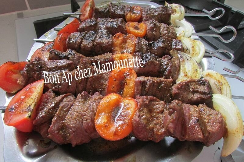 brochettes de boeuf au massalé abricot et salade diététique 015-1