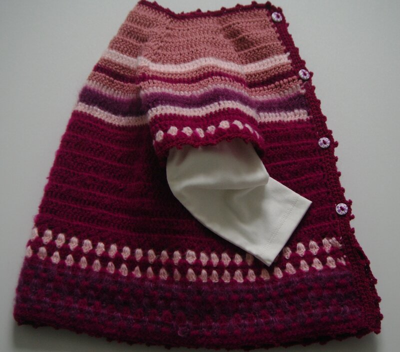 crocheter un gilet top-down fillette