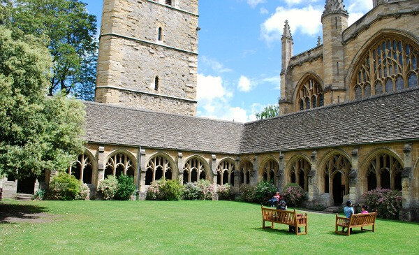 Oxford-New-College-Harry-Potter-Cloisters