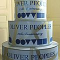Gâteau en carton géant pour Oliver Peoples, Twotwenty