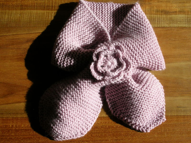 écharpe fleur crochet