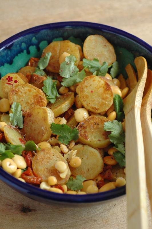Salade de pommes de terre sautées, lupin, tomates séchées, câpres & coriandre_1