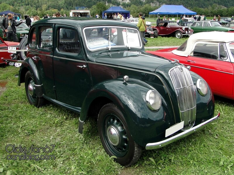 morris-eight-saloon-1947-01